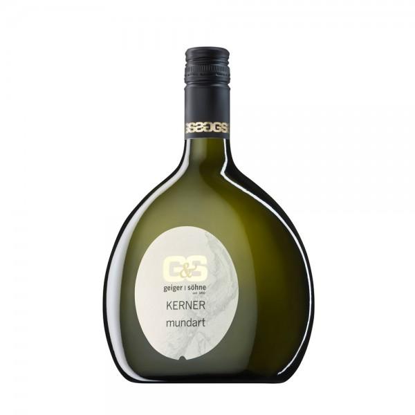 Kerner Weißwein aus Franken Mundart trocken im Bocksbeutel