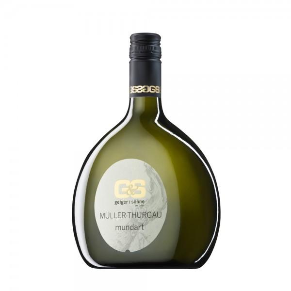 Müller-Thurgau Weißwein aus Franken Mundart trocken im Bocksbeutel