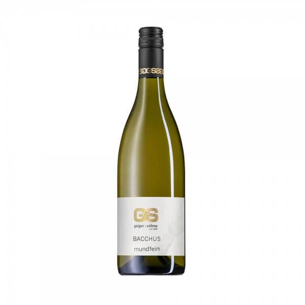 Bacchus Weißwein aus Franken Mundfein halbtrocken